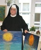 Sr. M. Immolata Meyen  studied after training in gold embroidery and vestment at the art school in Augsburg at the Art Academy in Munich, where she spent three years as a master student of Franz Nagel.