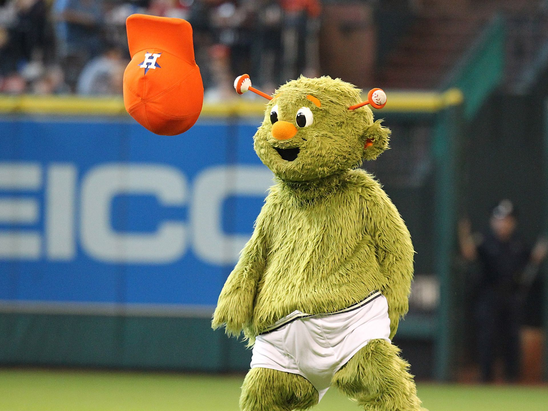 Houston astros mascot orbit streaks between innings of the astros orbit streaks between innings of the astros and chicago white sox game in houston orbit was celebrating his birthday thomas shea usa today sports spiritdancerdesigns Images
