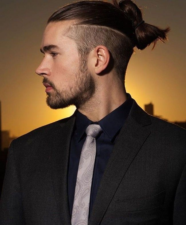 37 Work Style Ideas For Men With Undercut Hairstyle Attireal Com Mens Hairstyles Undercut Man Bun Hairstyles Undercut Men