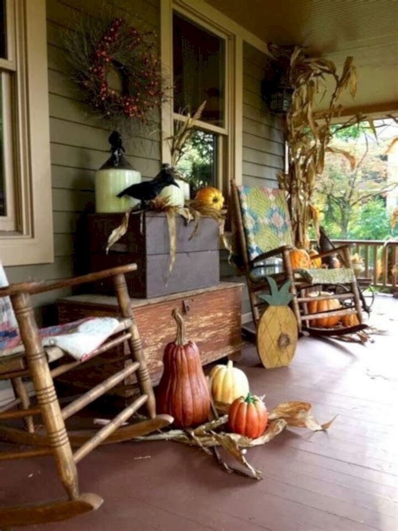 33 Beautiful Fall Porch Decor Ideas On A Budget Porch