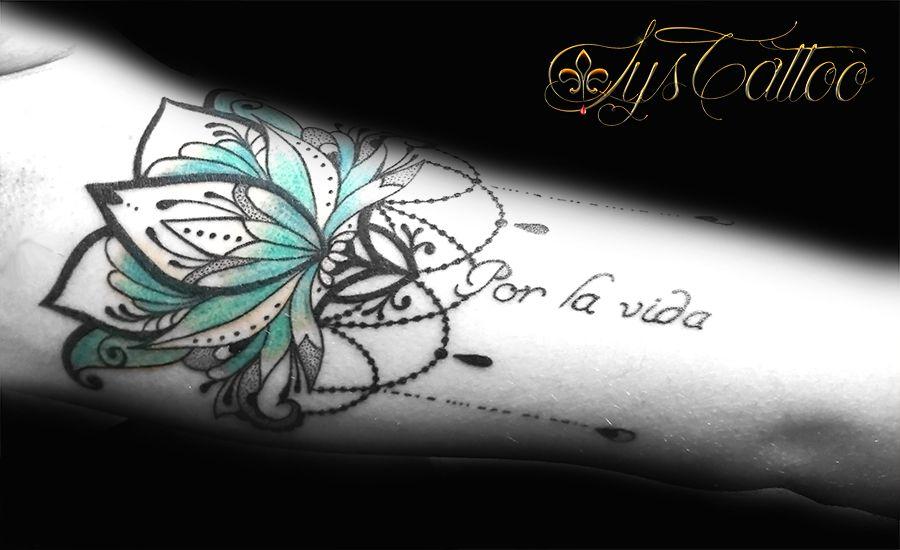 Tatouage Fleur De Lotus Type Mandala Symetrie Par Lys Tattoo