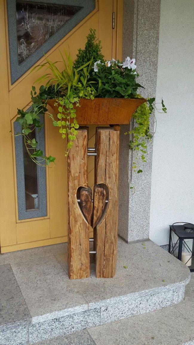 Blumensäule aus alten Balken – #alten #aus #Balken # Blumensäule #erst - Holz DIY Ideen #holzdekoration