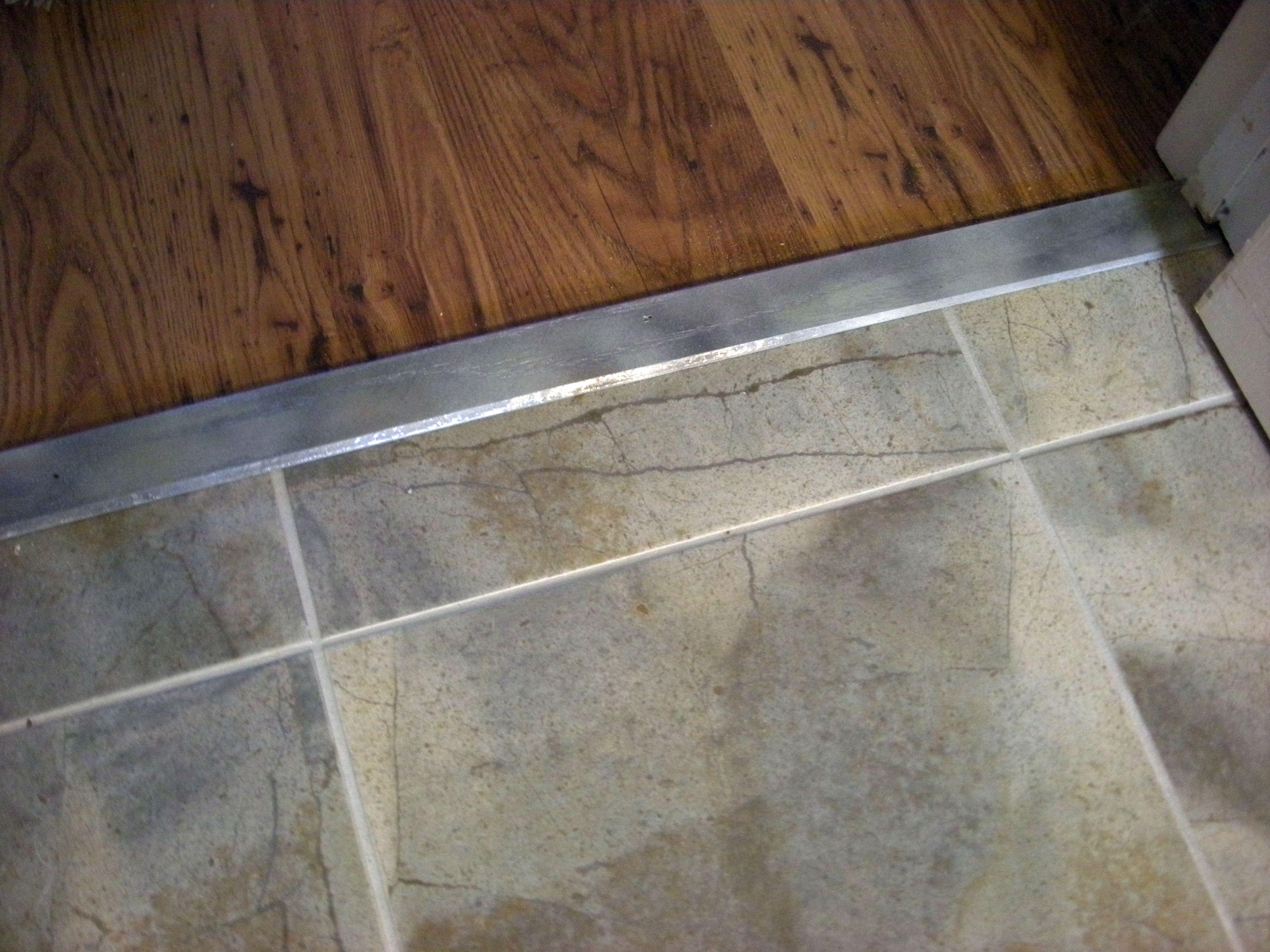 Ceramic Tile Kitchen Floors | Flooring, Neat Yet Splendid Kitchen ...