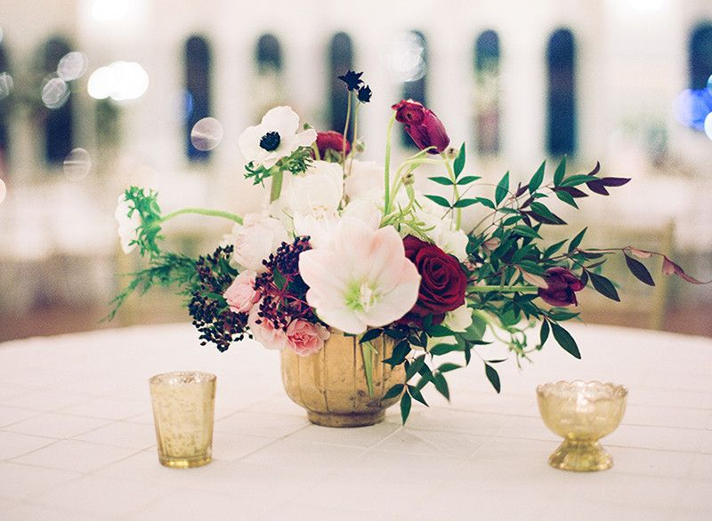 A Dazzling New Year's Eve Wedding (With images)   Wedding ...