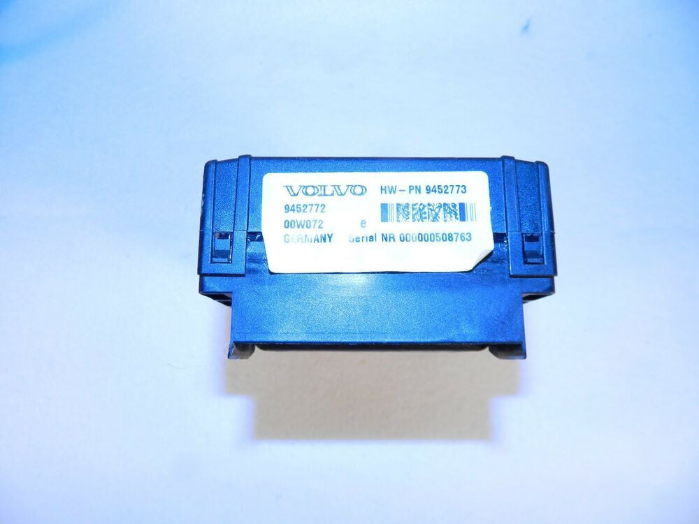 Details About 2001 Volvo V70 S60 S80 Xc70 Rear Fuse Box 9452772
