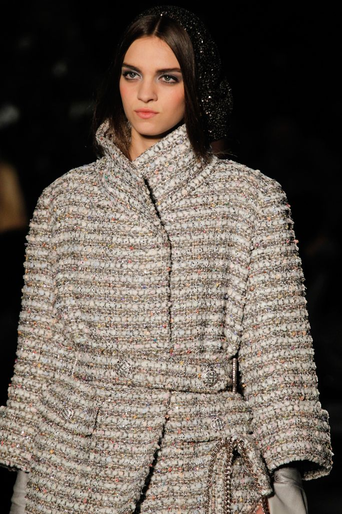 Chanel | Fall 2012 Couture Collection | Style.com. #dress #detail