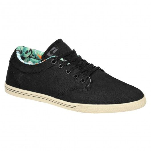 #shoes #skateshoes #chaussure #chaussures #chaussuresdeskate #globe GLOBE Lighthouse Slim black hawaiian chaussures fines 55,00 € #skate #skateboard #skateboarding #streetshop #skateshop @playskateshop