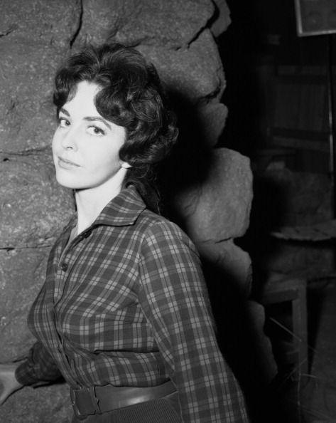 Myrna Fahey | Myrna FAHEY