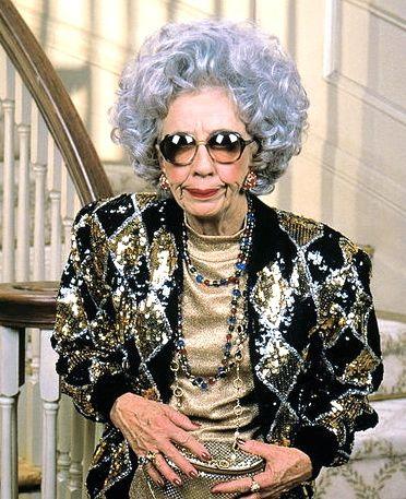 Grandma Yetta, The nanny   Old women, Style, Hilarious