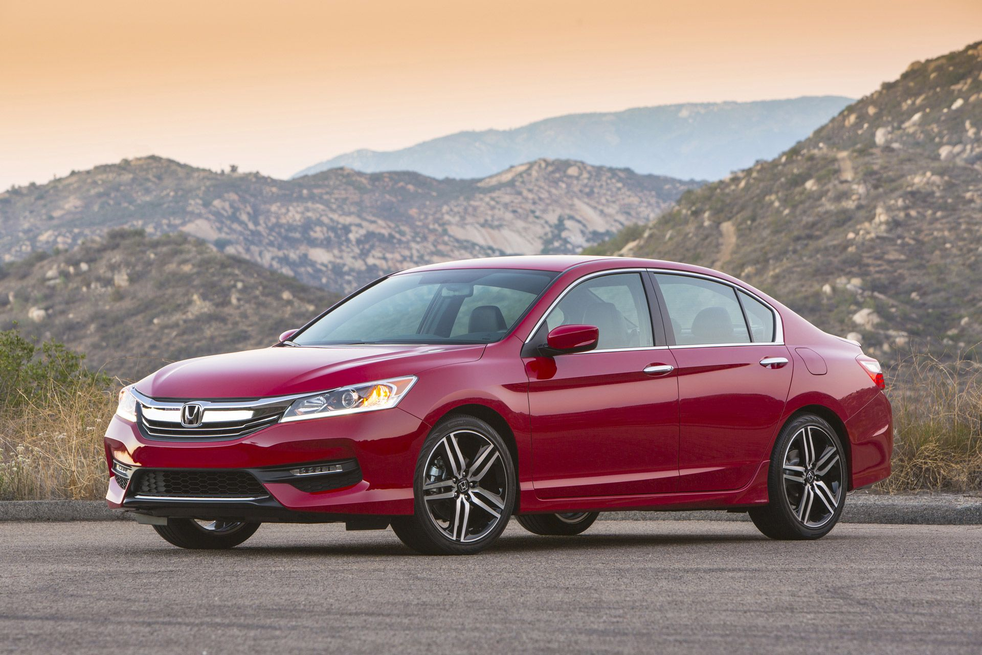 2013 2016 Honda Accord Recalled To Fix Battery Glitch Honda Accord Sport Honda Accord Accord Sport