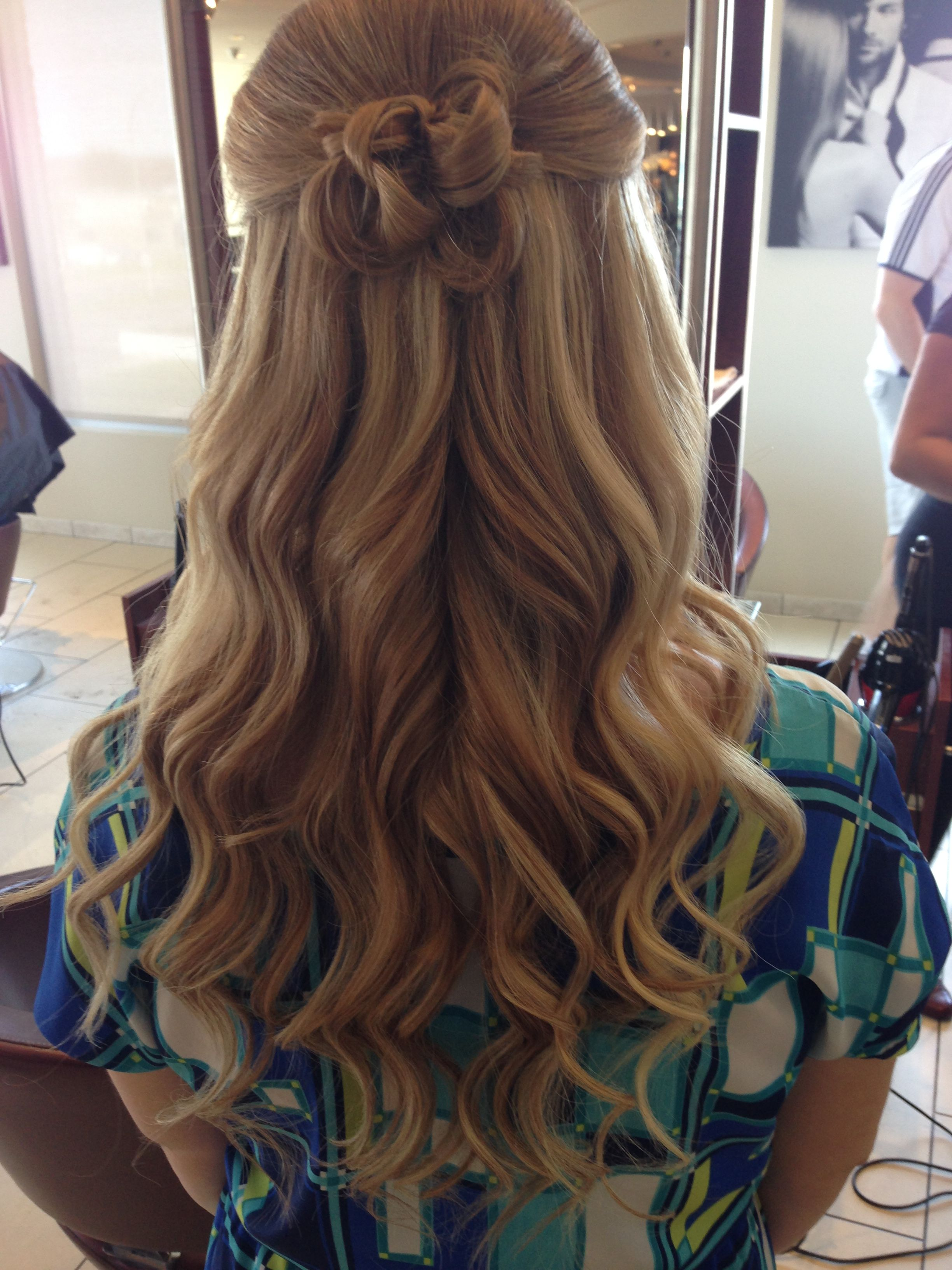 Bridal Hair Half Up Loose Curls With Messy Bun Loose Curls Down Hairstyles Bun With Curls