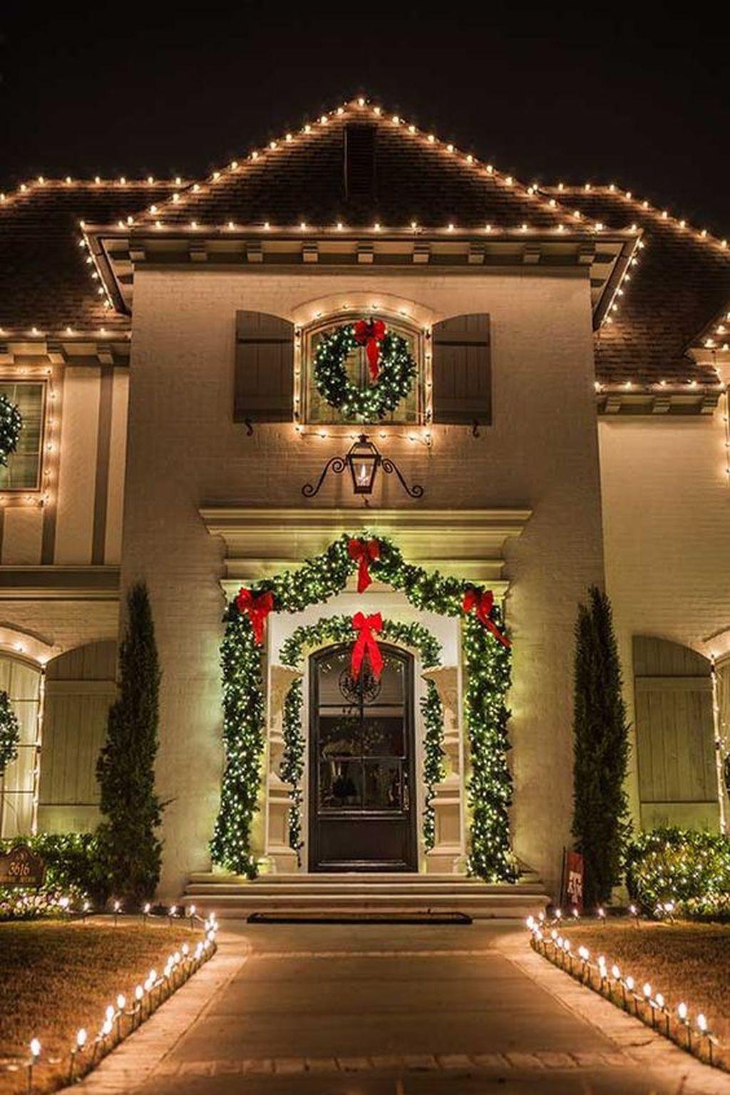 Stunning Christmas Lights For Exterior Decor Outside Christmas Decorations Exterior Christmas Lights Decorating With Christmas Lights