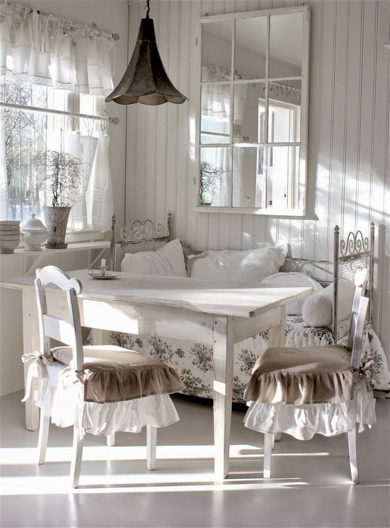 I Like The Light Fixturethe Mirror Is A Great Ideait Carries Magnificent Shabby Chic Dining Room Design Inspiration