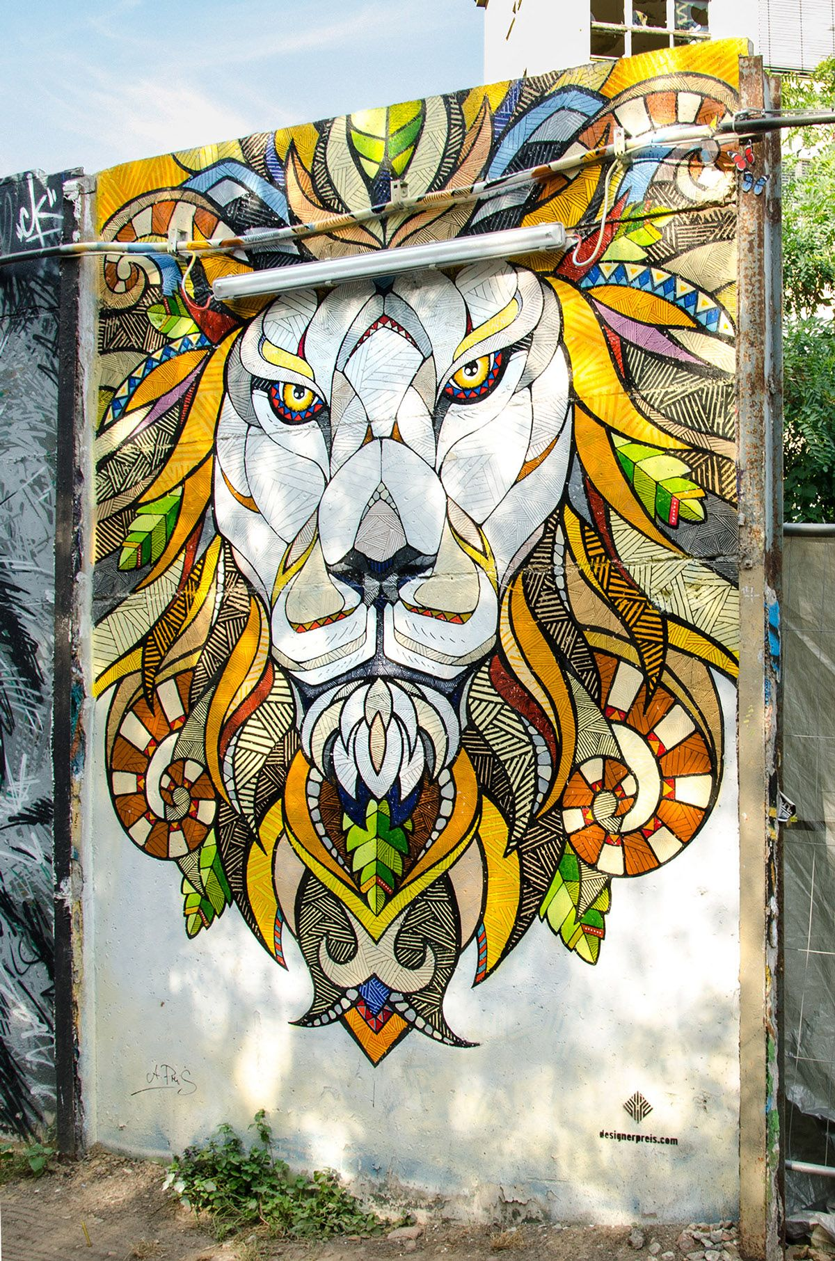 Yaam mural lion on behance stuff i painted for Creative mural art