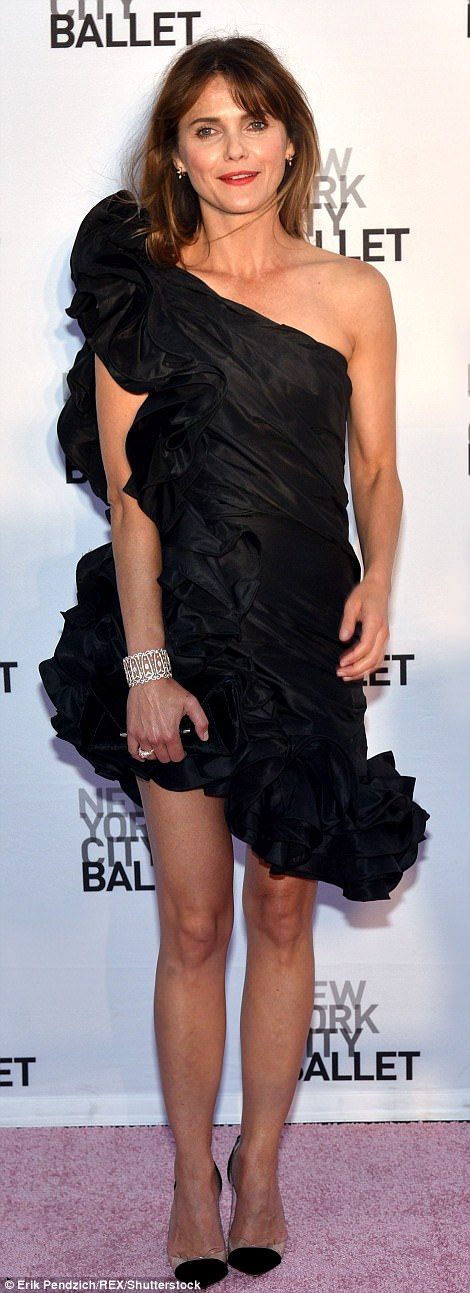 9b0823895f9 Blacking out  Keri looked stunning in an asymmetrical black mini-dress with  bunching and