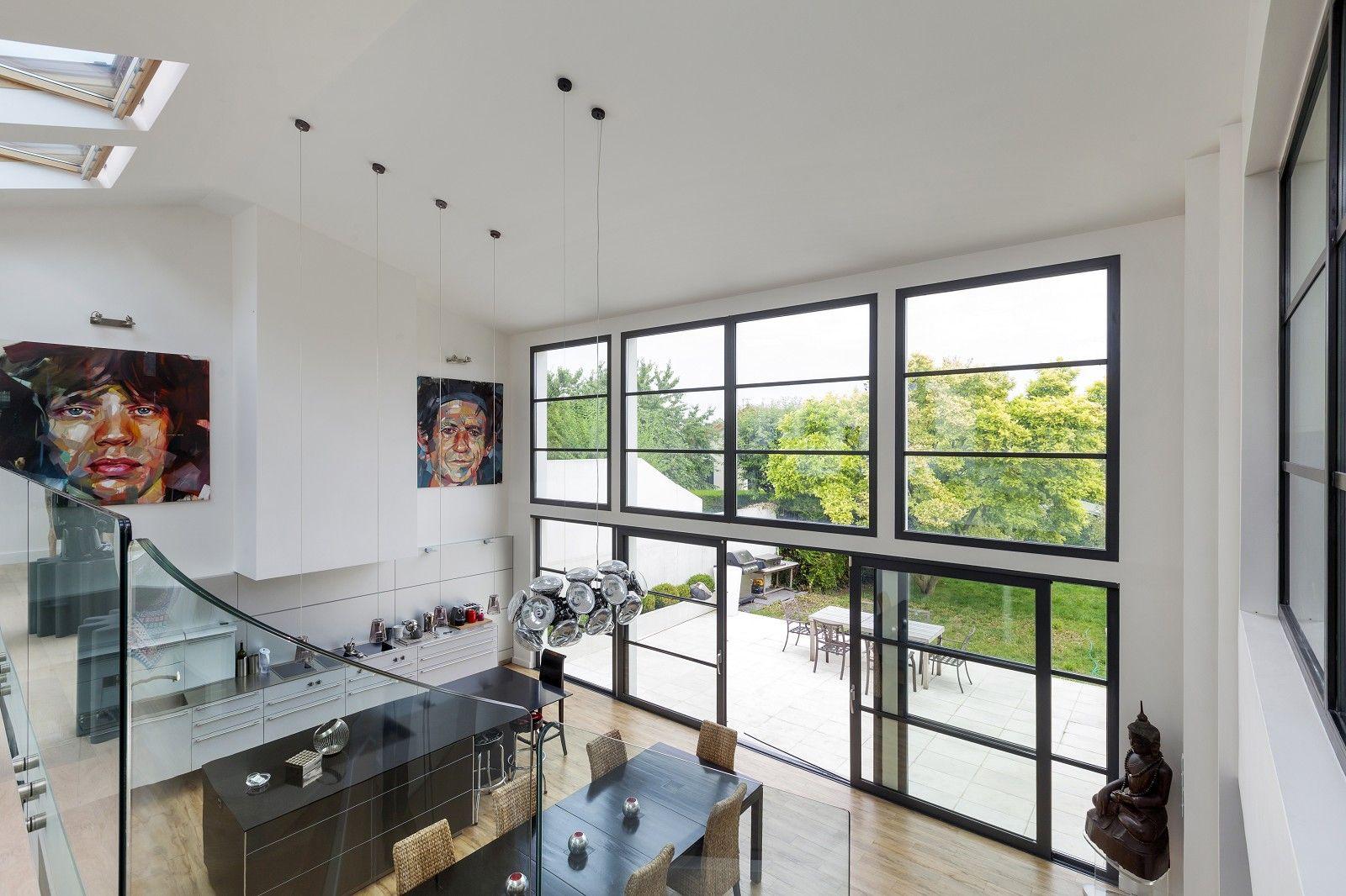 Bien d'exception style #loft en parfait état, très lumineux, aux volumes atypiques en région parisienne.