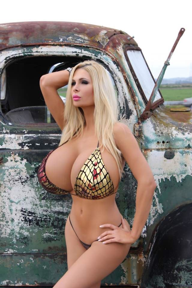 extreme-big-boobs-pics-gallery