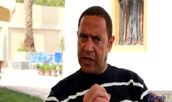 Ashraf Abdel Baki Respects Visions Of Critics Mens Tops Men Mens Polo