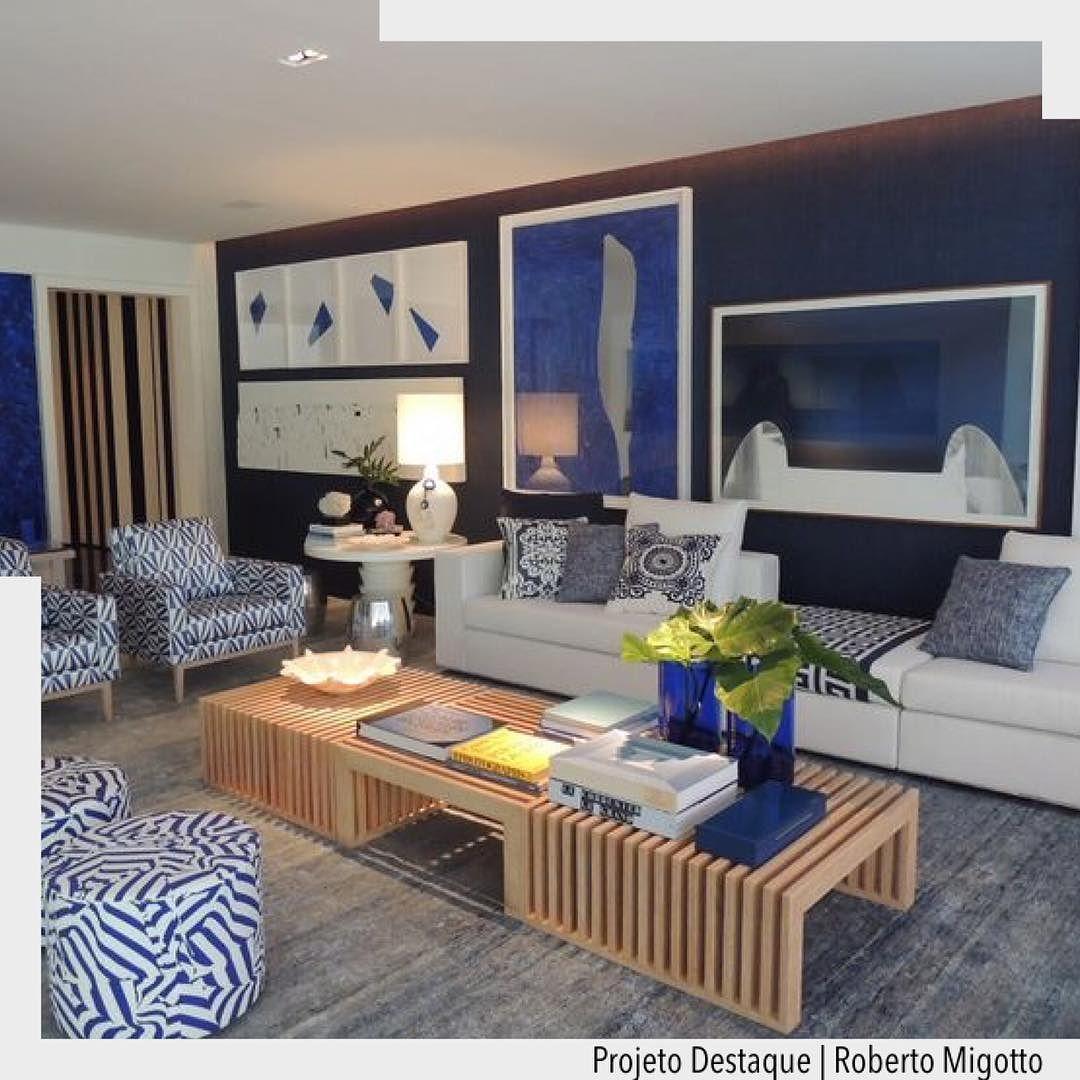 A Sala Da Casa De Praia Por Roberto Migotto Tem O Azul Como Base Na  -> Decoracao De Sala Azul Marinho