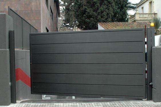 Puerta batiente motorizada puertas pinterest puertas tipos de puertas y cochera - Puerta garaje abatible ...