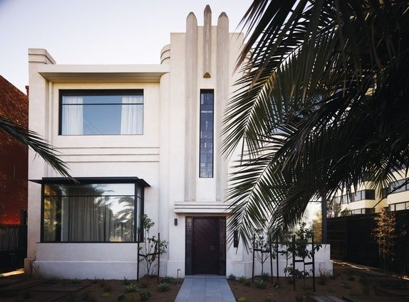Middle park house an art deco melbourne house is revived in a
