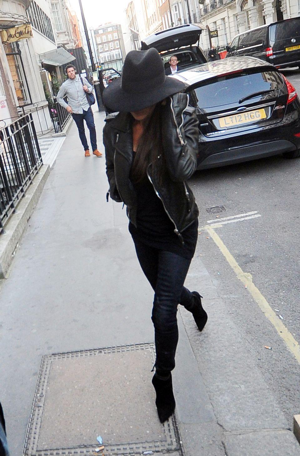 Paparazzi Victoria Beckham nude photos 2019