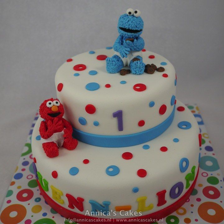 Cookie monster and Elmo birthday cake Koekiemonster en elmo