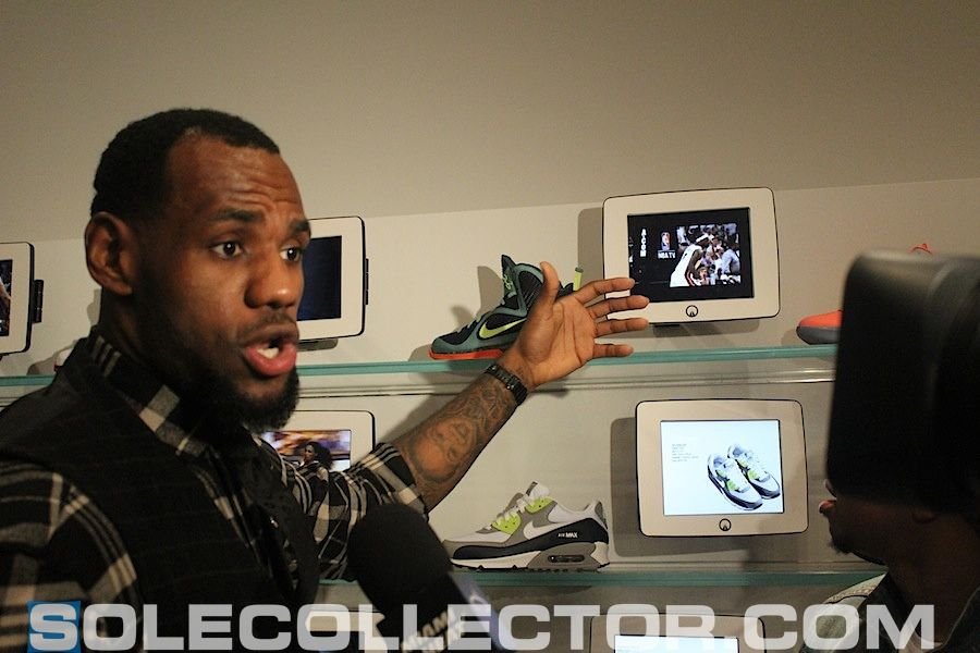best service 0b5d4 609df Lebron James used www.ipadenclosures.com to Secure iPad Display for Unknwn  Clothing Store