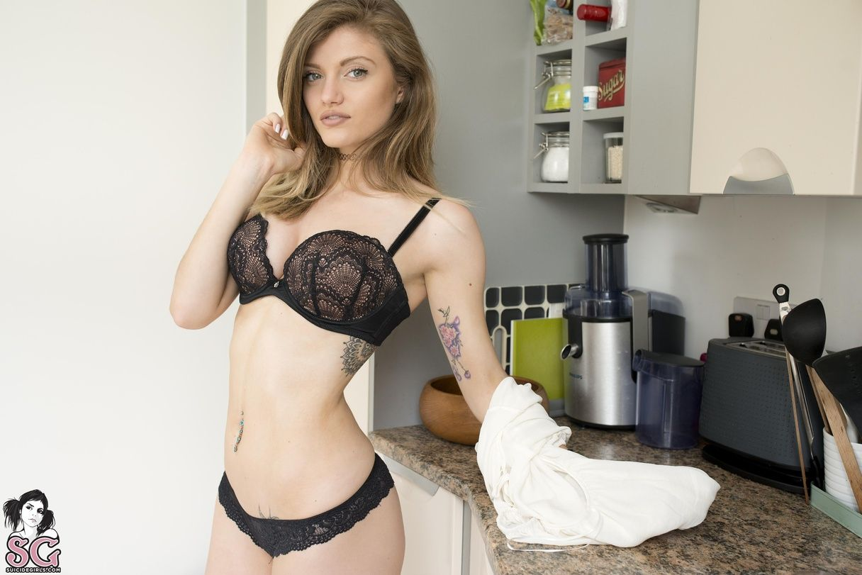 dollyd suicide