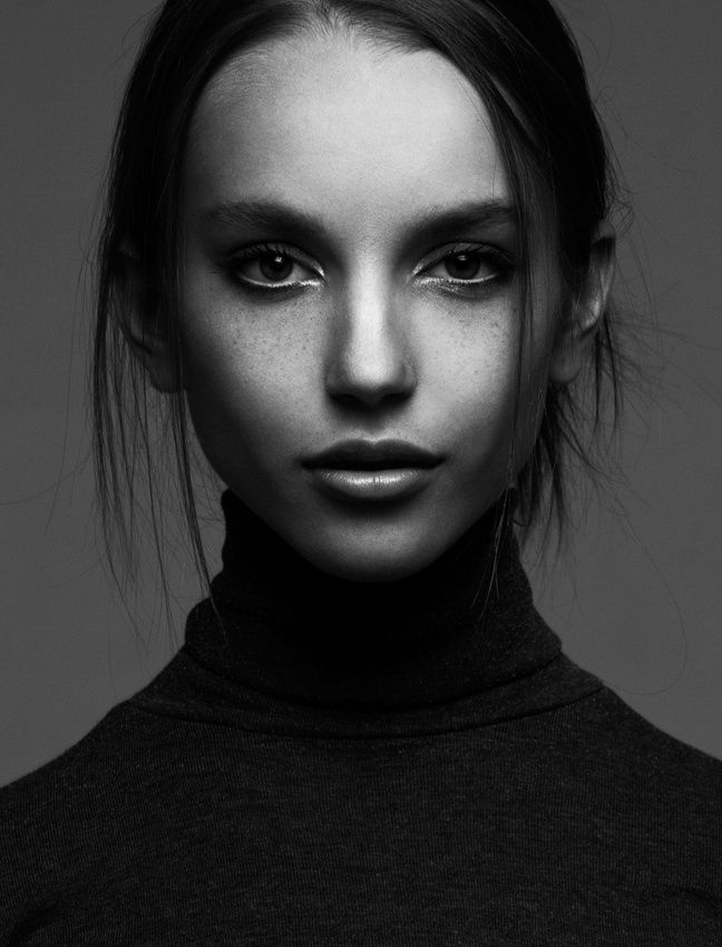 Black And White Portrait Photography Studio