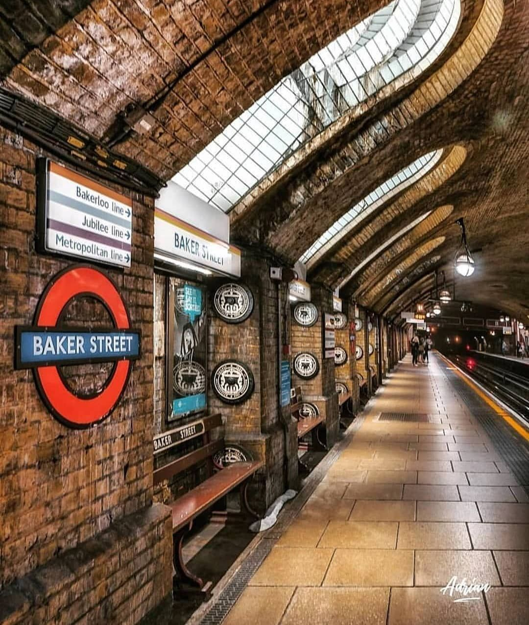 Alexander Londoner On Instagram Monday Mornings Are The Worst Empty Tube Stops Are Rare To Come By London Underground Tube London Travel London Places