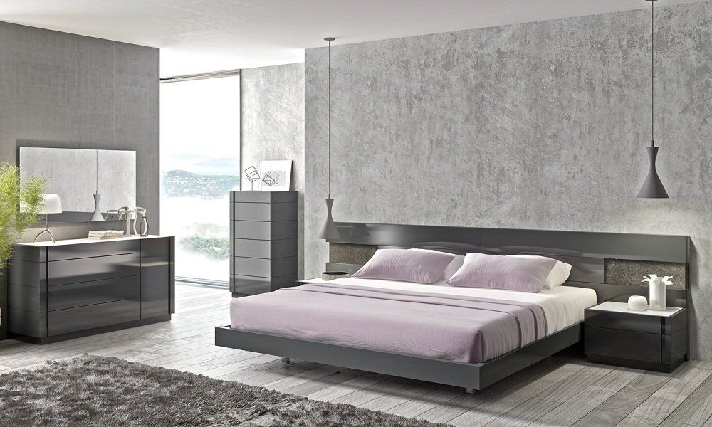 Amazon.com - J&M Furniture Braga Grey Lacquer Queen Size Bedroom ...