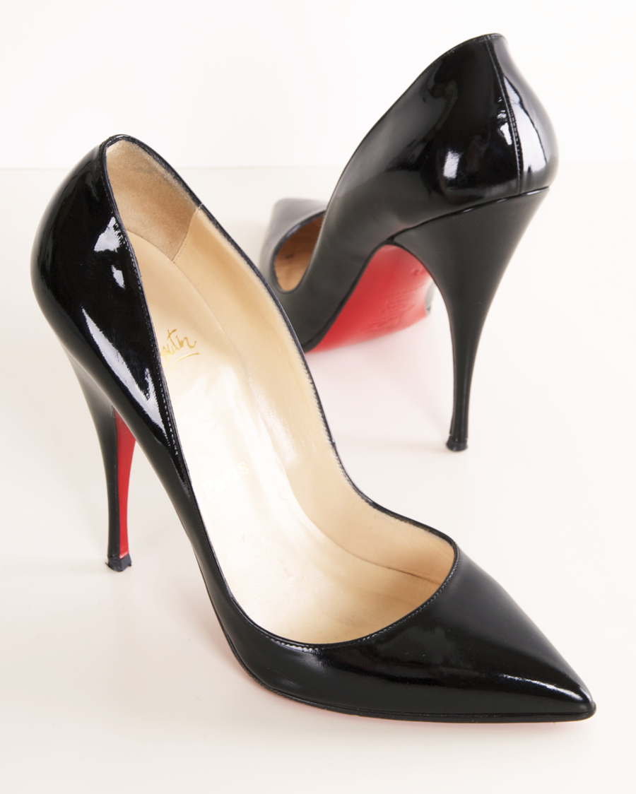 buy online 87267 abf5f CHRISTIAN LOUBOUTIN HEELS. You just can't beat a pointy toe ...