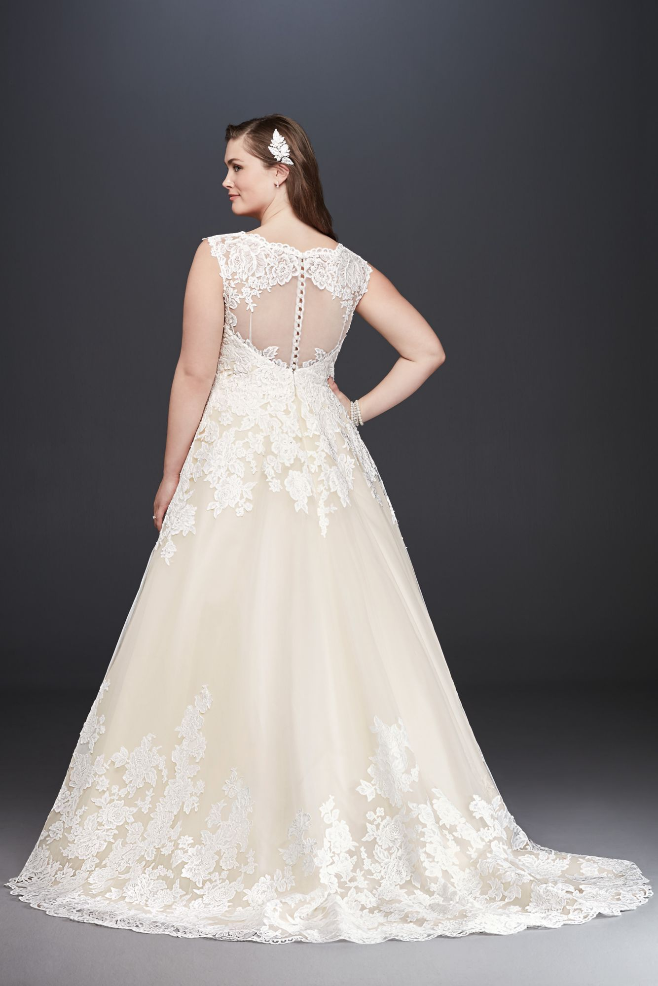 Plus Size Tank V-neck Scalloped Lace and Tulle 9WG3850 Bridal Dress ...