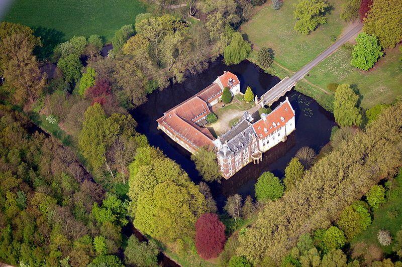File 20140412 121244 Schloss Senden Dsc00209 Jpg Castello Medievale Castelli Castello
