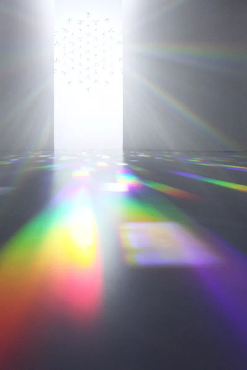 Designer Tokujin Yoshioka's Spectrum Installation Explores the Awe of Light