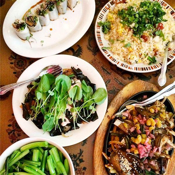 Elephant Jumps Thai Restaurant Chinese Food Restaurant Authentic Thai Food Chinese Food Delivery