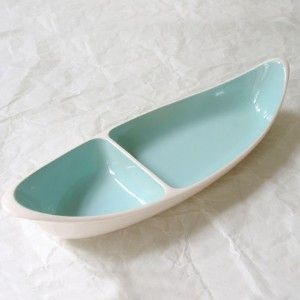 i've got this in tan/beige - Vintage Taylor Smith Relish Dish Turquoise Divided Canoe...