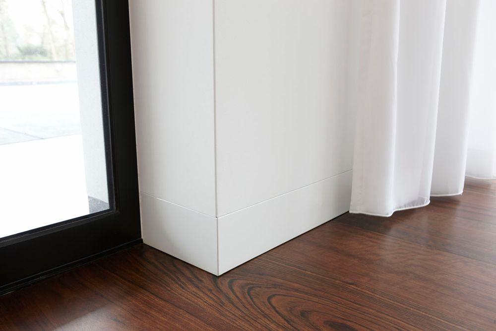 Project: Villa Nijmegen Walnoten in planken patroon Plintdetail