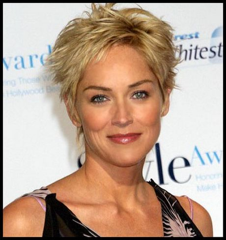 Short Hairstyles For Women Over 50 Years Old Short Hair Styles Thick Hair Styles Short Hair Styles Pixie