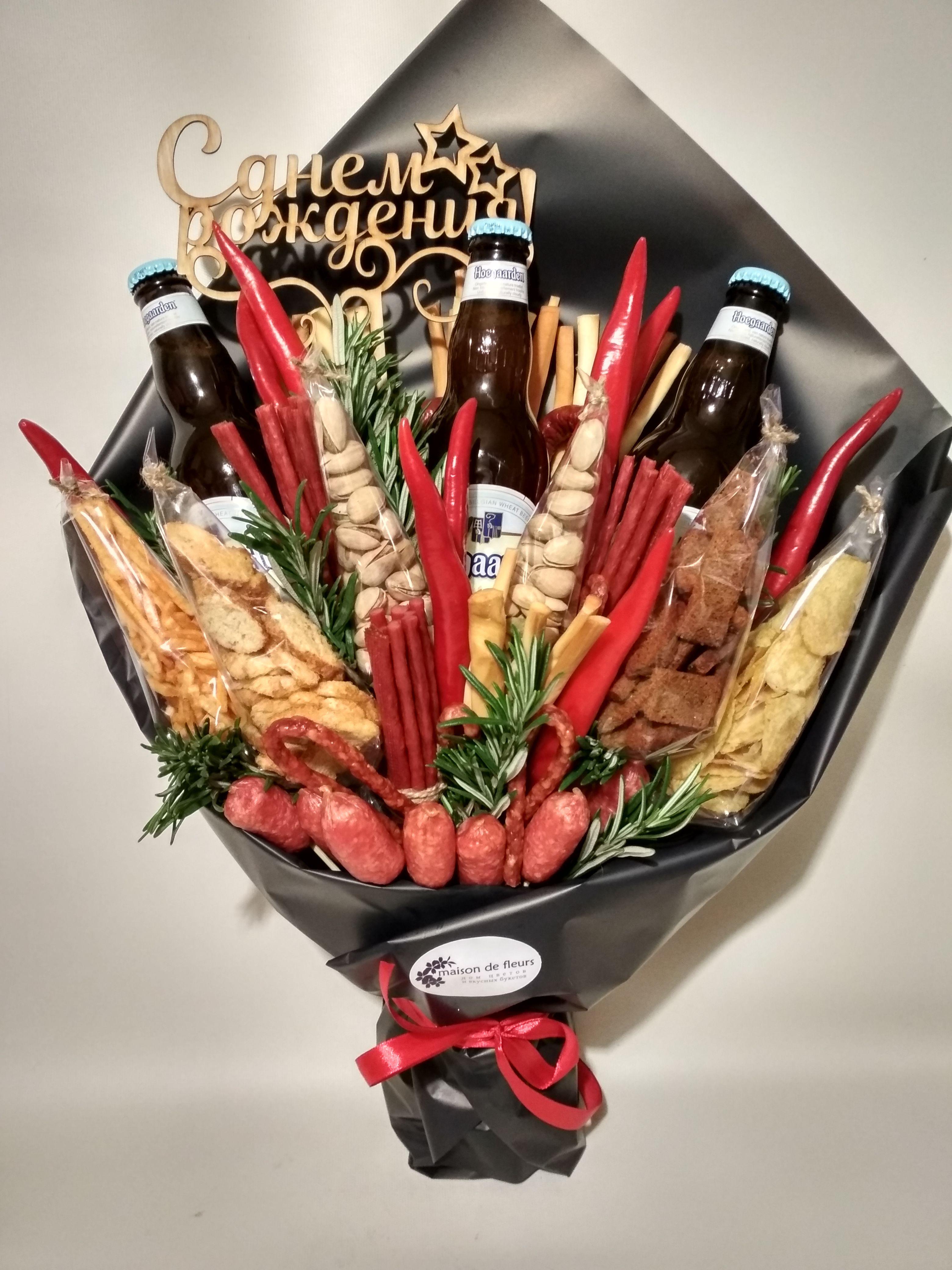 Как собрать мужской букет с пивом, цветов