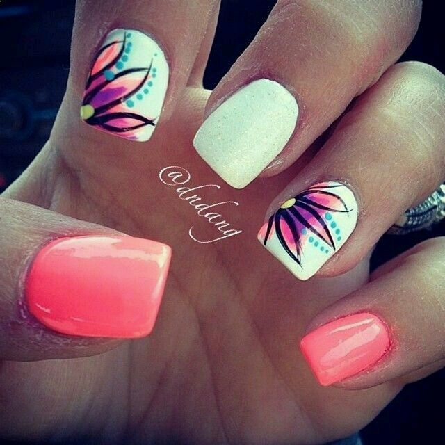 Flor en degrado-nail art