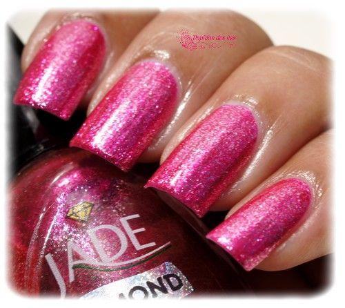 Shop www.parlezenauxcopines.com Vernis à ongles Jade Diamond Ultra brillant PINK DIAMOND @papillon_des_iles Commandez le dès maintenant en ligne.