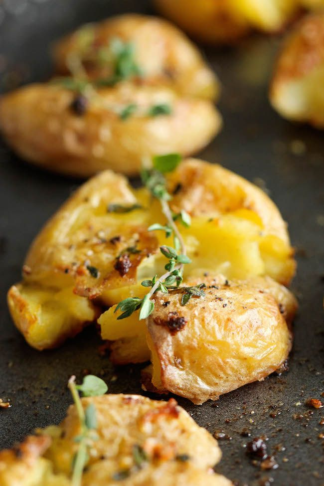 Alho purê - Essas batatas São incrivelmente suave nenhuma interior mas incrivelmente nítidos no exterior!