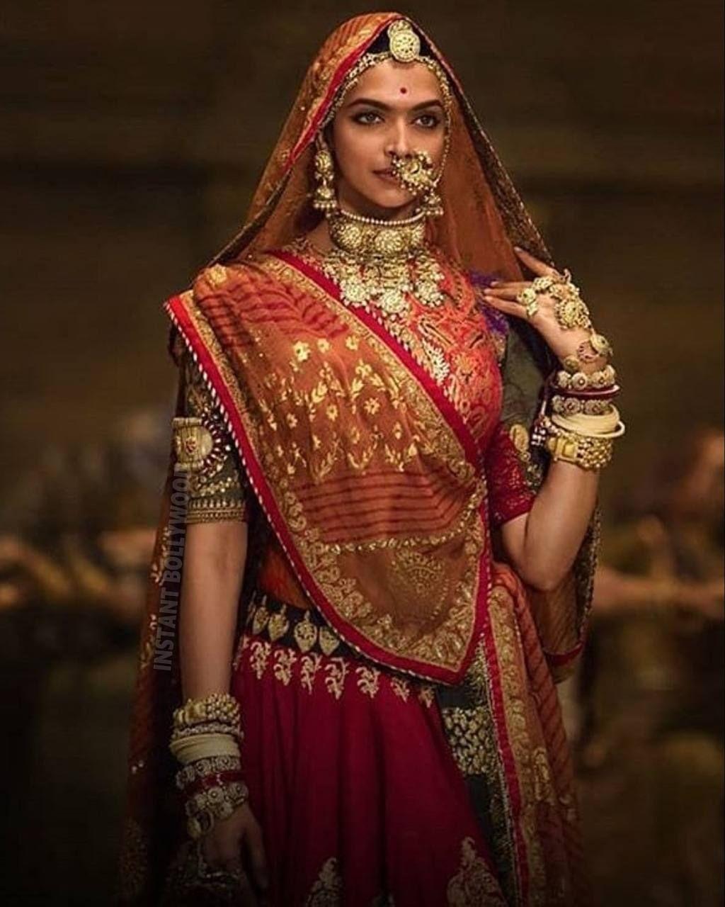 Deepika Padukone as Rani Padmavati in Padmaavat ...