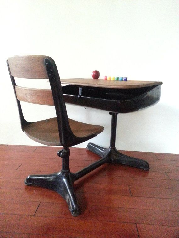 School Desk American Seating Company Grand By Houseofmintage 149 00