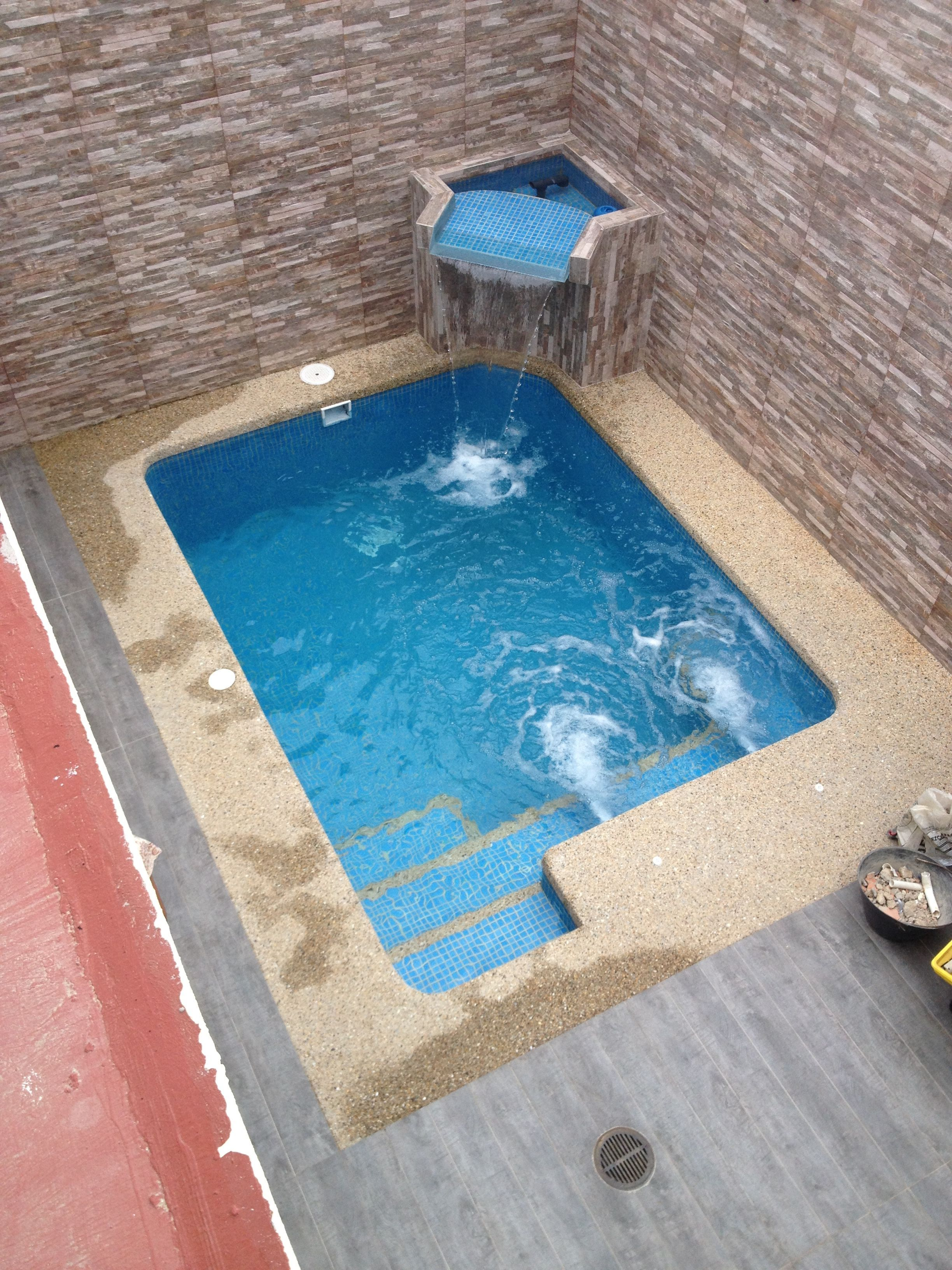 Kleiner Pool Diy Geremiapools We Can Custom Design And Build To Suit