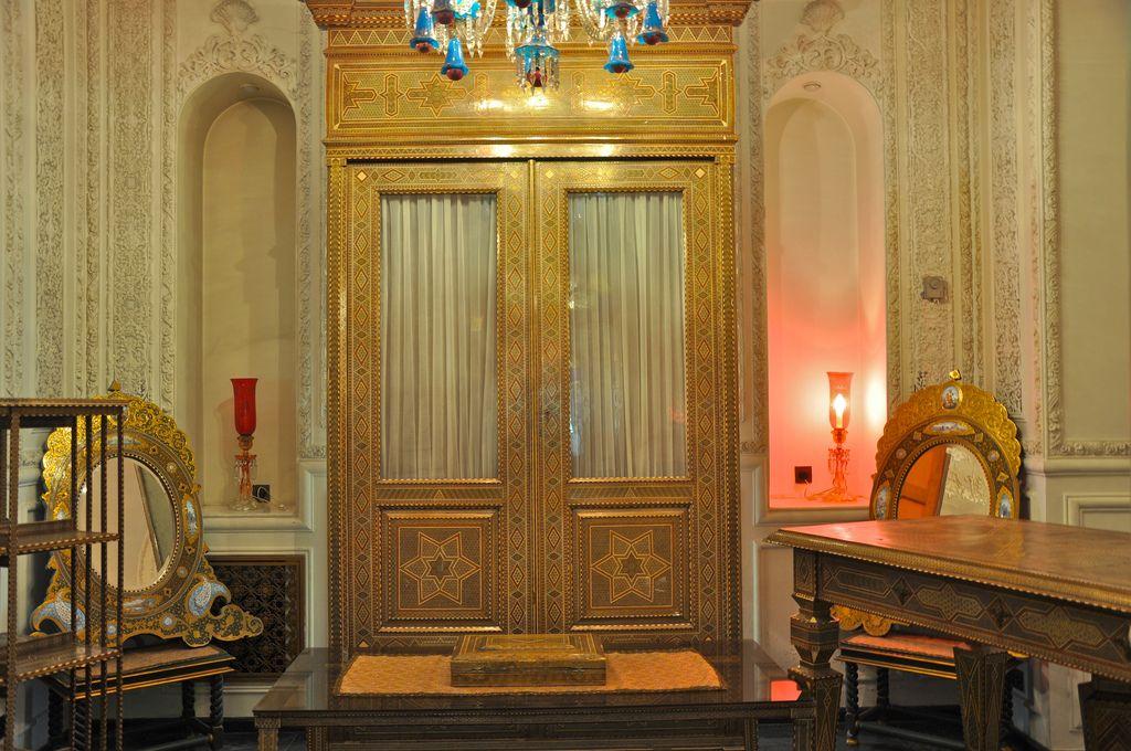 Khatam  artwork on doors & Khatam