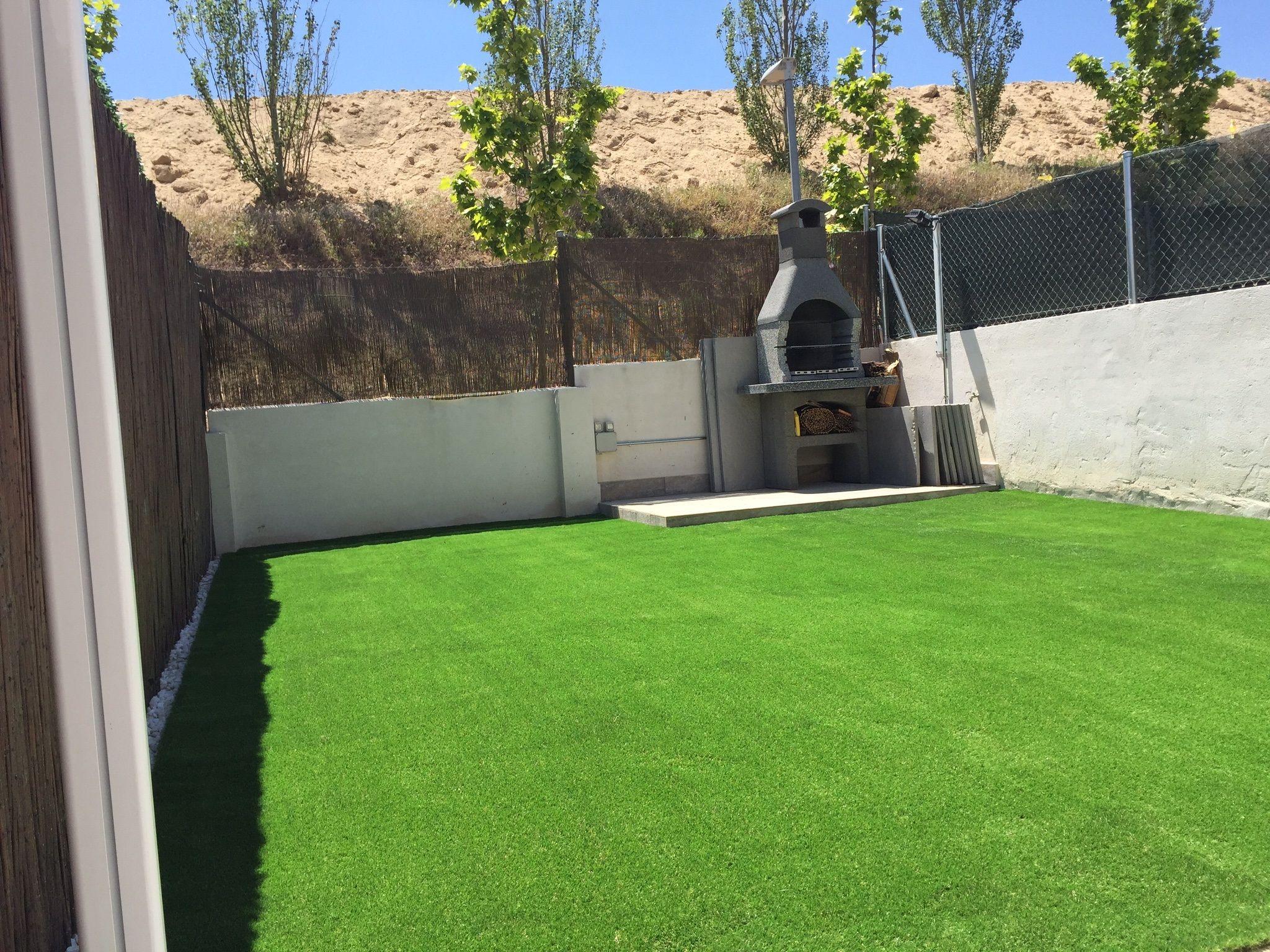 En terrazas y jardines Paraiso Xtra es el c sped artificial mejor