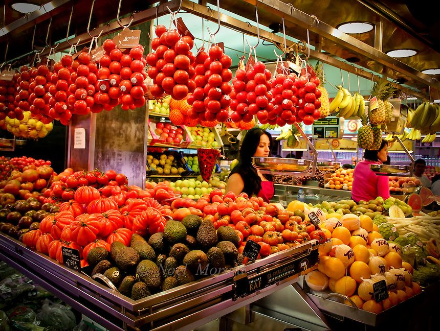 Food markets and beautiful displays of raw to prepared